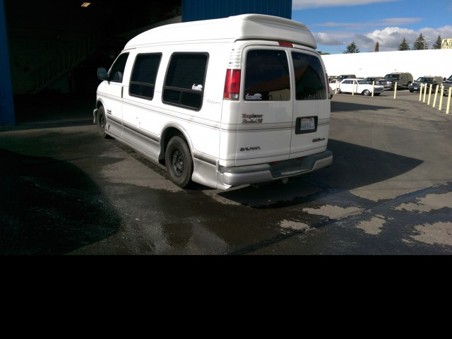 1997 GMC SAVANA VMI Full Size Wheelchair Vans Wheelchair Van For Sale