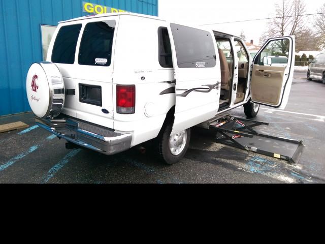 2004 FORD E 250 VMI Full Size Wheelchair Vans Van For Sale