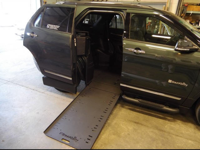 2016 Ford Explorer BraunAbility MXV Wheelchair SUV Wheelchair Van For Sale