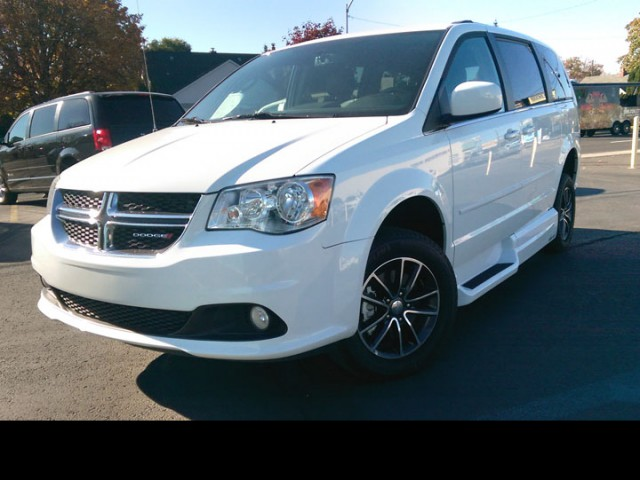 2017 Dodge Grand Caravan VMI Dodge Northstar Wheelchair Van For Sale