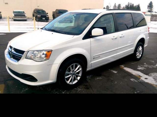 2016 Dodge Grand Caravan BraunAbility Chrysler Power Rear Entry Wheelchair Van For Sale