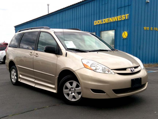 2006 Toyota Sienna BraunAbility Rampvan Xi Wheelchair Van For Sale