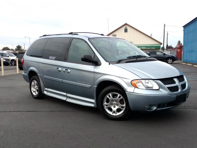 2004 Dodge Grand Caravan BraunAbility Dodge Entervan II Wheelchair Van For Sale