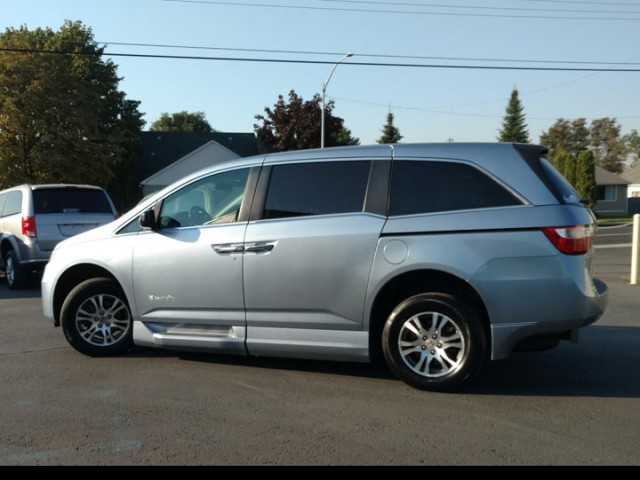 2012 Honda Odyssey BraunAbility Entervan II Wheelchair Van For Sale
