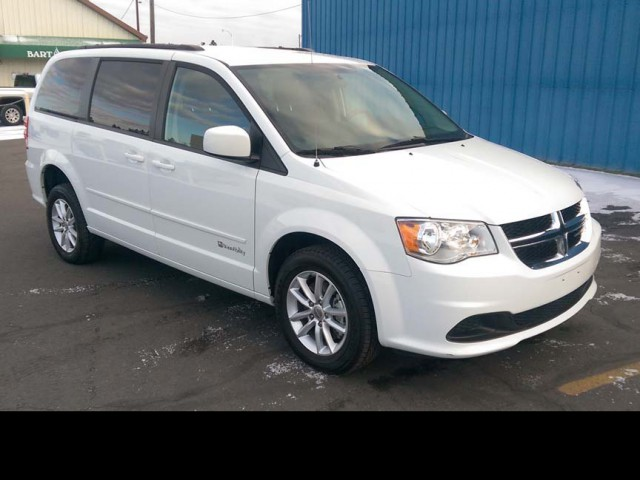 2019 Dodge Grand Caravan BraunAbility Chrysler Manual Rear Entry Wheelchair Van For Sale
